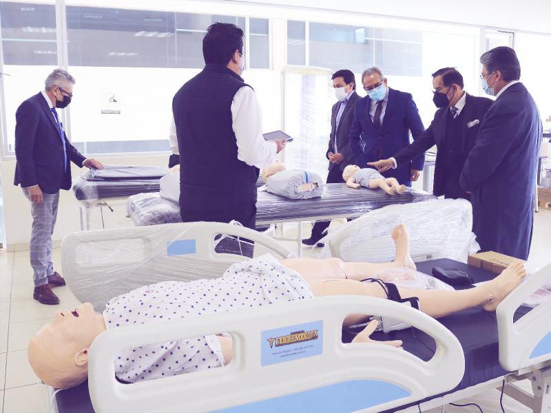 equipos medicina facultad salud universidad indoamerica