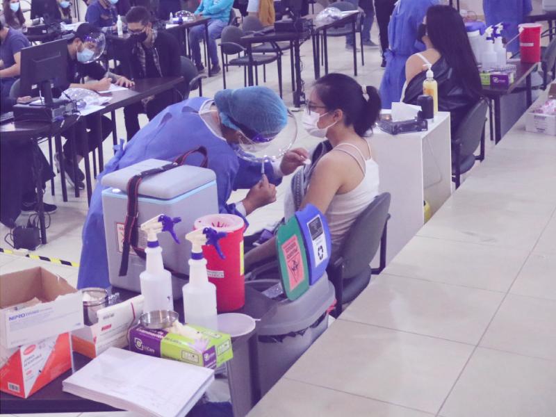 vacunacion inoculacion ambato indoamerica ministerio salud ecuador